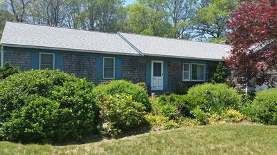 Photo for BEACH PASS INCLUDED & DOG FRIENDLY~ MID-CAPE AREA ~PET FRIENDLY!!