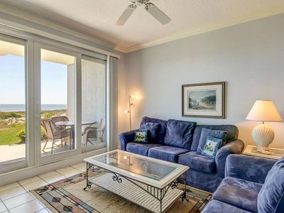 Photo for Spectacular Views From This Charming Oceanfront Condo!