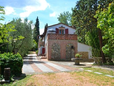 Photo for Wonderful private villa for 10 guests with private pool, WIFI, TV, balcony, pets allowed and par...