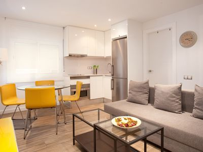 Photo for Fully renovated apartment in the Eixample district