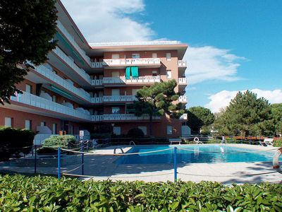 Photo for One bedroom Apartment, sleeps 4 in Lignano Riviera with Air Con and WiFi