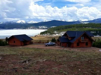 Photo for Mountain Getaway with optional Bunkhouse Apartment!