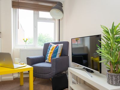 Photo for 1 Bedroom Apartment(Sleeps 4) in Heart of Wycombe