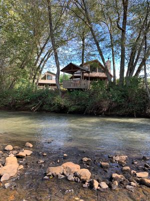 Riverfront  - Perfect for family or group getaways!