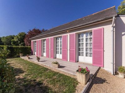 Photo for Gite Saint-Aubin-des-Châteaux, 3 bedrooms, 6 persons