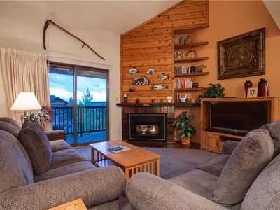Photo for Fantastic Summer Rates - Heated Pool, Fantastic Amenities, Close To Downtown!