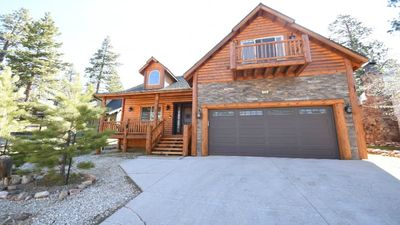 Photo for Teddy Bear's Cabin 5-star Luxury Close To Lake, Village, Ski Resorts. Dogs O.K.