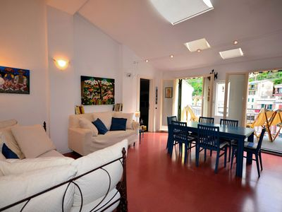 Photo for Lassù Apartment with Terrace in Vernazza