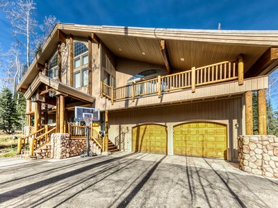 Photo for Ski-in/ski-out from this cabin w/ a private hot tub, gas fireplaces, & game room