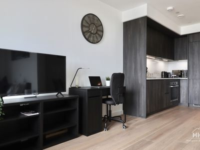 Photo for Amazing Studio Flat at North Greenwich