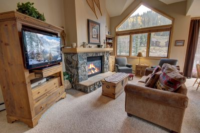 Living room with amazing mountain view