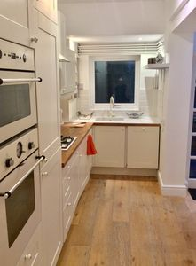 Photo for Cosy Jericho House with 4 bedrooms - sleeps up to 8 - close to city centre !!!
