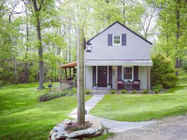 Photo for 1BR Cottage Vacation Rental in Norwalk, Ohio