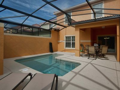 Photo for MODERN DECOR, GATED RESORTCOMMUNITY, 5 MINUTES FROM DISNEY, FREE WIFI!!