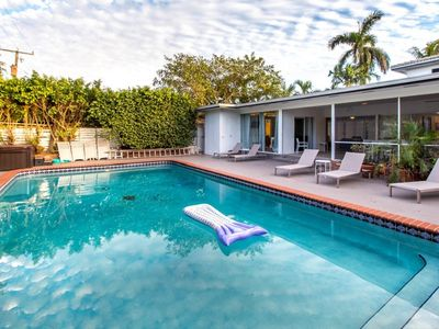 Photo for 7BR 2-story Home w/Pool & Jacuzzi @Hollywood FL