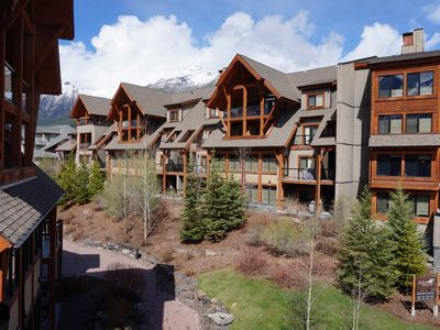 Photo for SOLARA: Gorgeous 1 Bedroom Luxury Suite in the Rockies