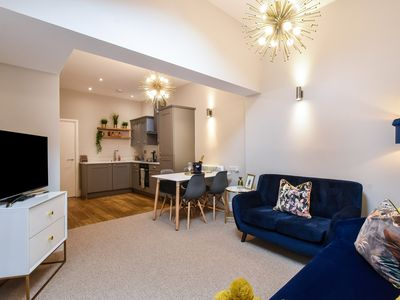 Photo for Saxon Rose Apartment - Close to City Centre.