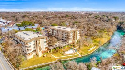 Freshly Updated Cozy Comal River Condo-Across the street from Schlitterbahn!