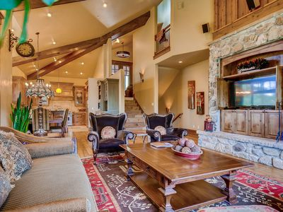 Photo for Mountain home w/ private hot tub, pool table & incredible views!
