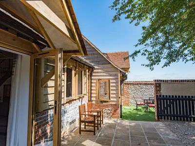 Photo for 2BR Cottage Vacation Rental in Sittingbourne, Kent