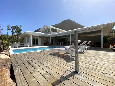 Photo for Magnificent villa by the Caribbean sea with its swimming pool
