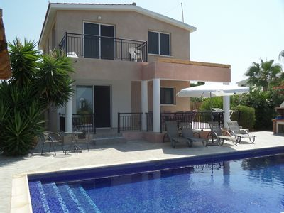 Photo for Villa Coral Diamond - Luxury Villa with large 9x4m private pool and Sea Views - Coral Bay