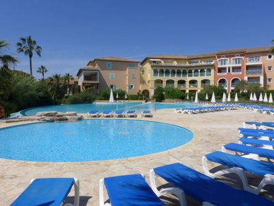 Photo for Apartment in Roquebrune-sur-Argens with Lift, Parking, Internet, Pool (679375)