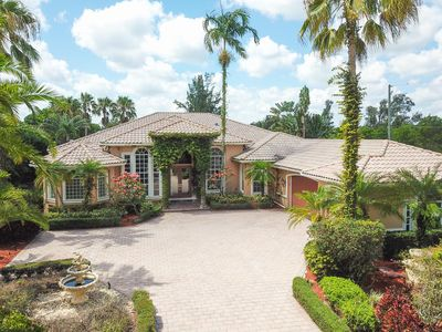 Photo for Gorgeous house minutes from Sawgrass Mall and golf courses