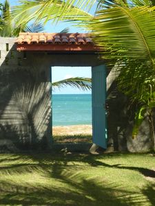 Access to the beach by the garden