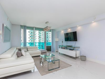 Photo for Ocean view at Sian 8th floor , Hollywood beach by AmmosFL