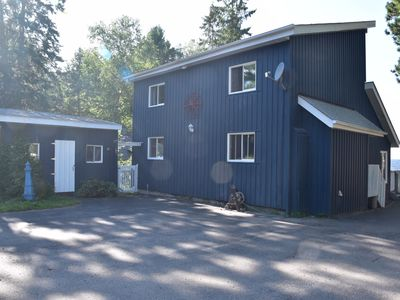 Photo for Waterfront retreat in Callander