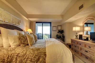 Master Bedroom, King Bed and View!