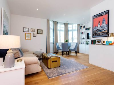 Photo for Bright and welcoming 2 BR, next to multiple tube stations (Veeve)