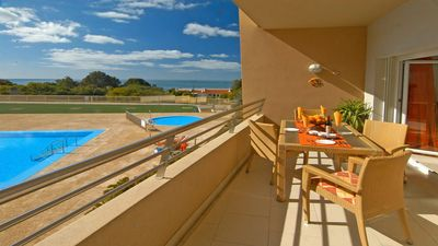 """Photo for Luxury """"Beach Front"""" Apt. PERFECT Location 2  to beach, 5 min to STRIP"""