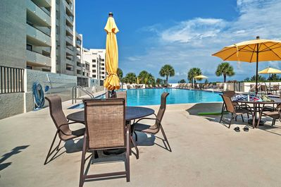 Make use of community amenities including 4 tennis courts and a pool!