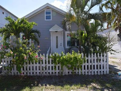Photo for Beautiful 3B/2B Cottage w/ Large Patio located across the street of the Gulf