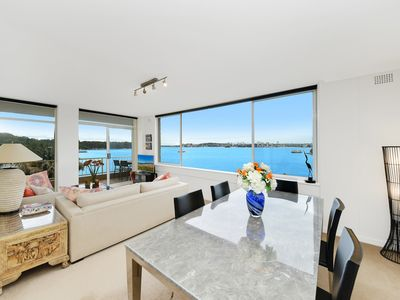 Photo for Absolute waterfront apartment with breathtaking views of Sydney Harbour