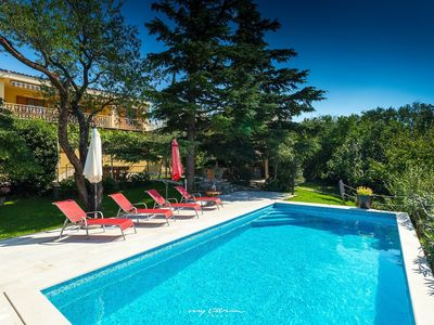 Photo for Charming villa with pool in Kvarner