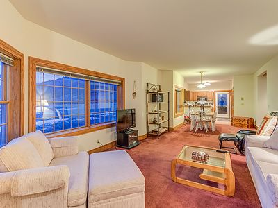 Photo for 2-Bedroom Private Condo With Beautiful Views of the Valley Floor