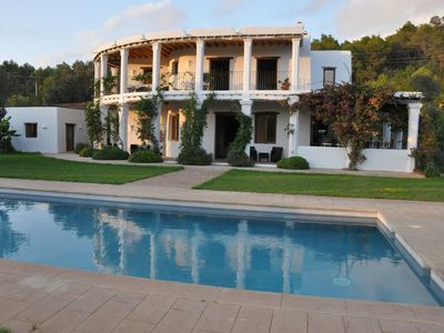 Photo for Cozy house in the countryside in Ibiza