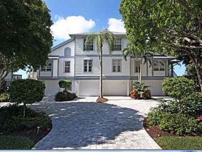 Photo for Sanibel, Near Beach And Golf, beautifully furnished home