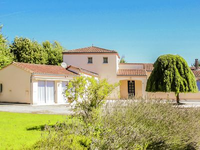 Photo for Villa with studio, large garden and private swimming pool.