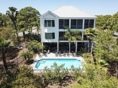 "Photo for Luxury Home w Elevator, Large Pool, Short Walk to Beach -- ""Prince of Tides"""