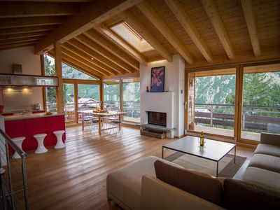Photo for Extremely spacious entire chalet for larger groups/families with welness