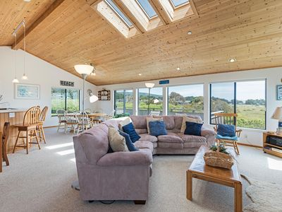 Photo for Spacious multi-level home with partial ocean view & private hot tub, Haus Bavaria