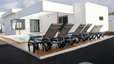 Photo for Villa on independent plot, private heated pool in Yaiza, Lanzarote.