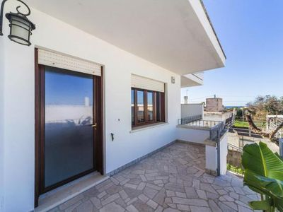 Photo for Semi-detached house, Torre Suda  in Apulien - 4 persons, 2 bedrooms