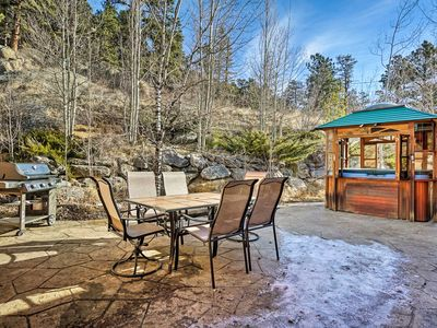 Photo for NEW! Estes Park Cabin on 2+ Acres w/HotTub & Views