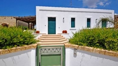 Photo for Holiday home in excellent location - Residence Costamarina - Villetta 3