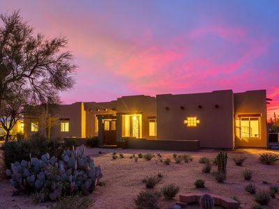 Photo for Luxurious Resort-Style Living In Sonoran Desert